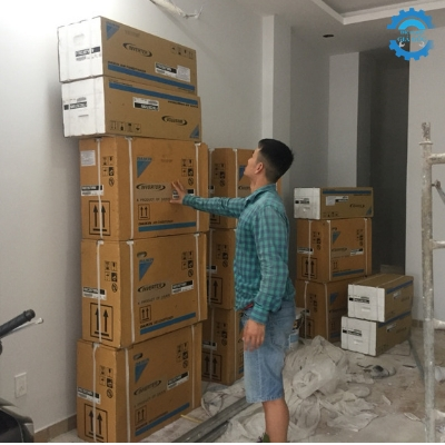 Điện lạnh giá gốc cung cấp và lắp đặt 8 bộ máy lạnh Daikin inverter, nhà phố Q.Bình Thạnh